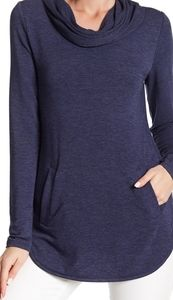 Cable and Gauge Women Cowl Neck Pocket Tunic
